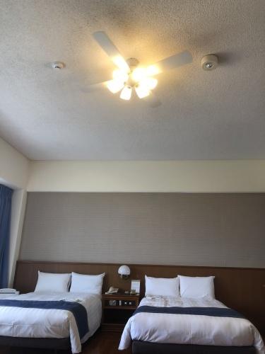 石垣5島めぐり・・最後の小浜島観光とリゾート・ホテル「はいむるぶし」 _c0011649_04020529.jpg