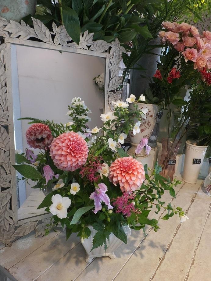 オークリーフ花の教室(山田さんの作品)_f0049672_18122104.jpg
