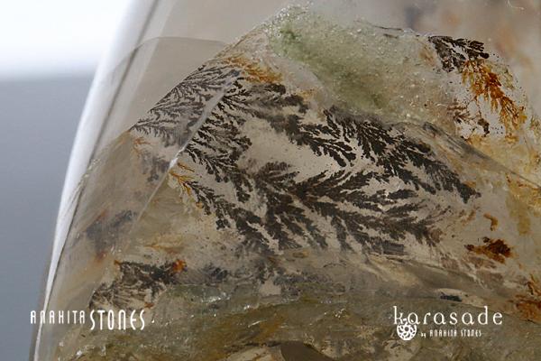 デンドリティッククォーツ 原石 フリーフォーム(ブラジル産)_d0303974_22005686.jpg