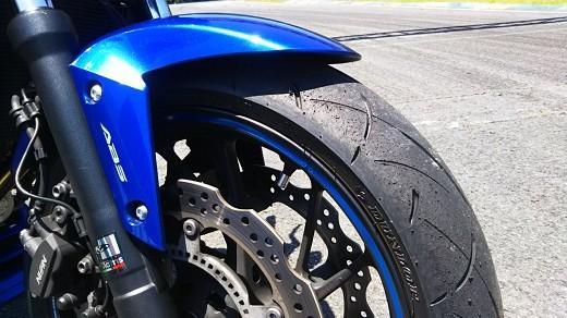 DANLOPのスポーツタイヤ、ロードスポーツ2インプレッション_b0163075_18484463.jpg