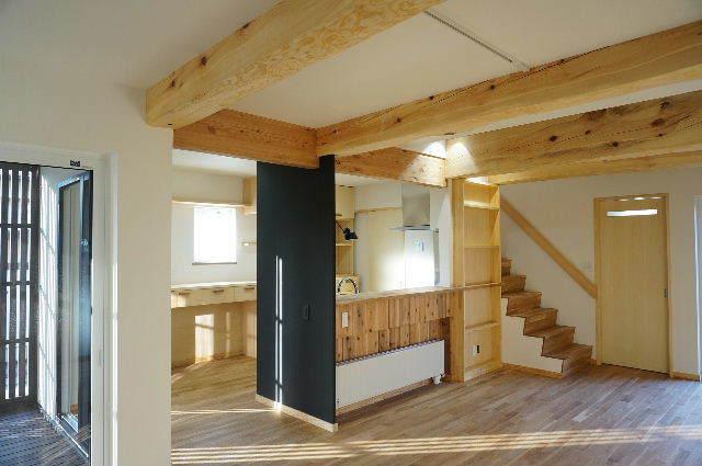 山岸の家 建替え工事 完成しました! ②_f0105112_04113429.jpg