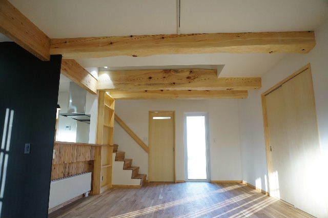 山岸の家 建替え工事 完成しました! ②_f0105112_04113432.jpg