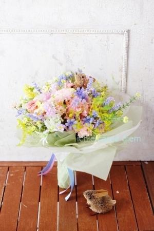 うさぎな花束 八芳園さまへ お母様からおばあさまへのプレゼントに_a0042928_19124390.jpg