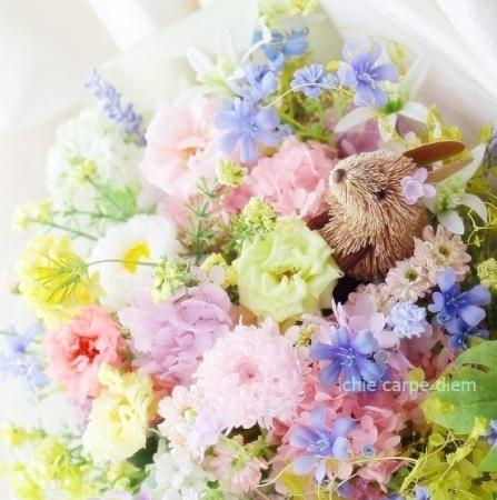 うさぎな花束 八芳園さまへ お母様からおばあさまへのプレゼントに_a0042928_19125444.jpg