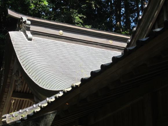白山神社の御神体山は浮嶽ですか_a0237545_16214973.jpg