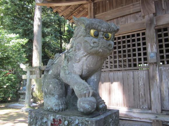 白山神社の御神体山は浮嶽ですか_a0237545_16314413.jpg