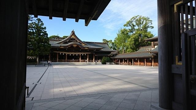 神社_b0374059_20335737.jpg