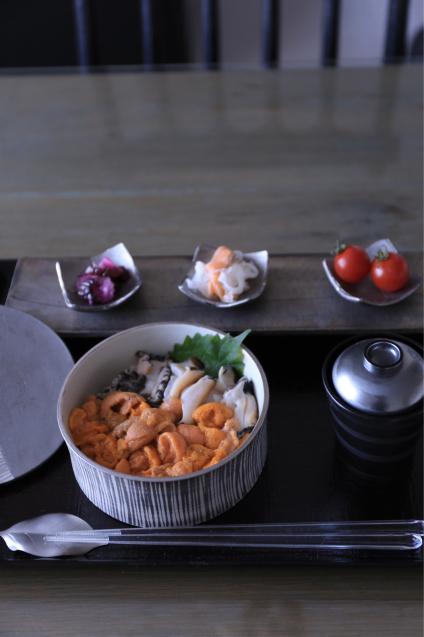 蔦井乃理子さんの食器でちょっと贅沢なおうちごはん_e0059896_09005830.jpg