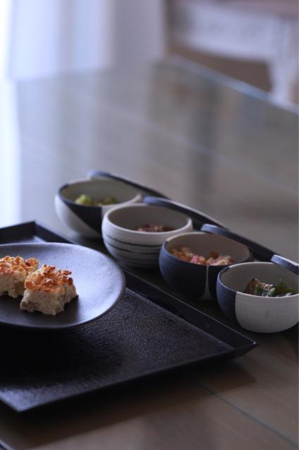 蔦井乃理子さんの食器でちょっと贅沢なおうちごはん_e0059896_09022576.jpg