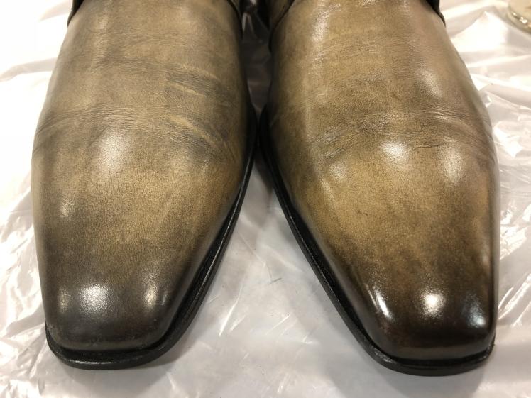 絶妙な色味の靴には…_d0166598_16284029.jpg