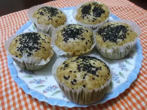 ベーコンと玉ねぎの食事マフィン&黒糖蒸しパン_f0019498_11465736.jpg