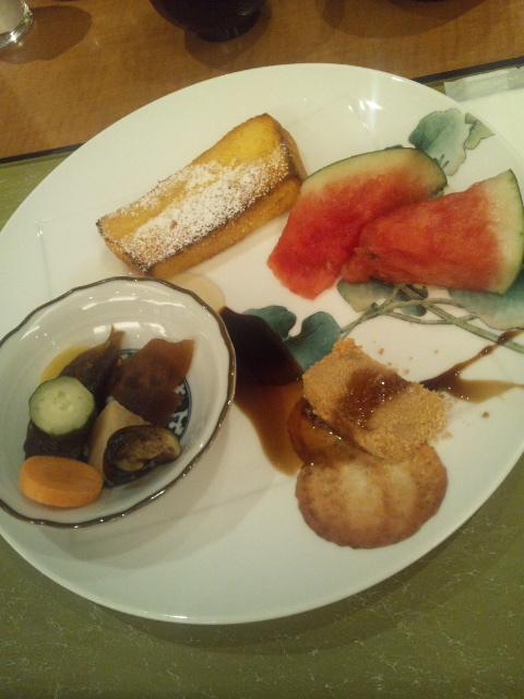 ホテルサンルート奈良 朝食ブッフェ_f0076001_23235388.jpg