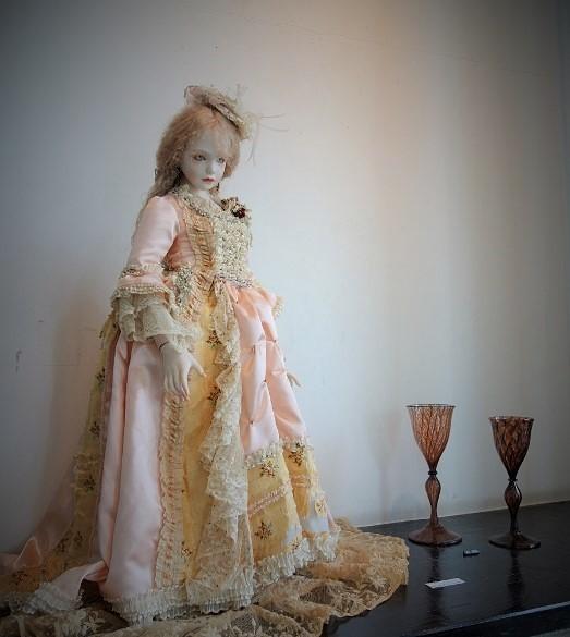 Antique Lace 細密な手仕事が織りなすレースの世界 展  始まりました♫_b0232919_16073524.jpg