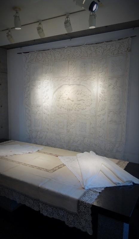 Antique Lace 細密な手仕事が織りなすレースの世界 展  始まりました♫_b0232919_16123965.jpg