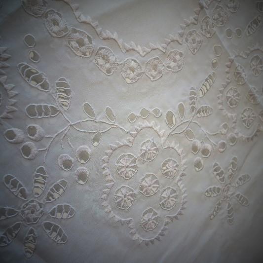 Antique Lace 細密な手仕事が織りなすレースの世界 展  始まりました♫_b0232919_16143294.jpg