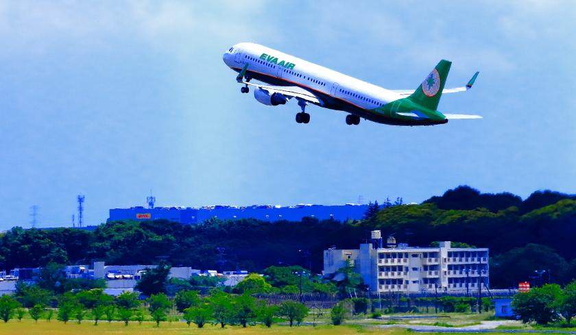 成田空港第一ターミナル展望デッキ_a0150260_21584162.jpg