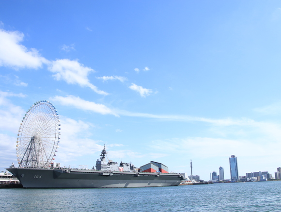 海上自衛隊 護衛艦かが 海上から・・_d0202264_2023112.jpg