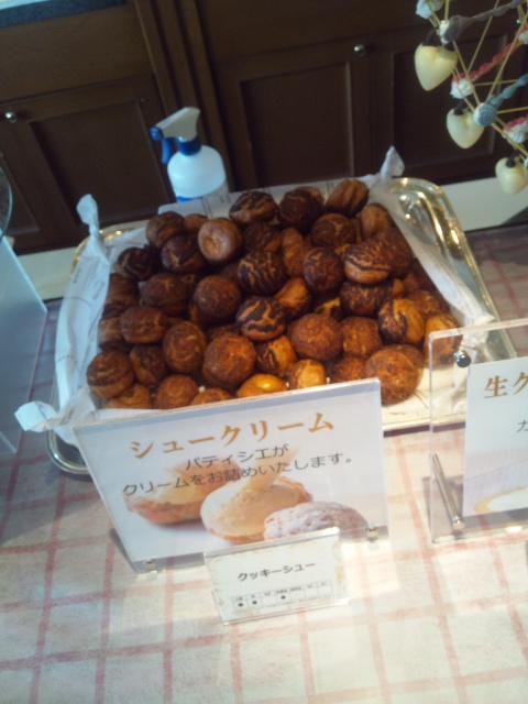 川崎日航ホテル 夜間飛行 チーズスイーツブッフェ_f0076001_2261718.jpg