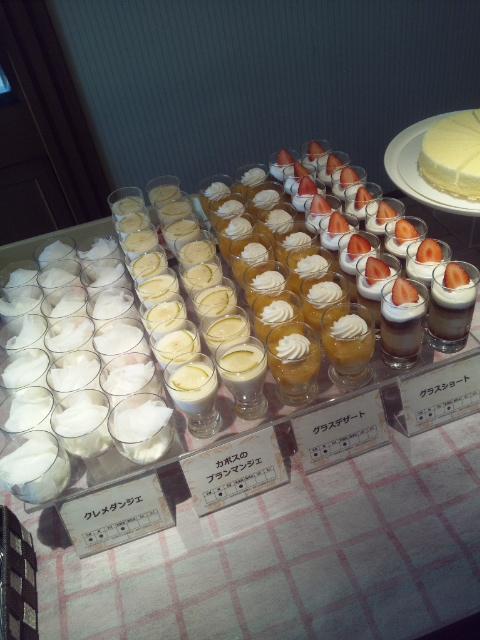 川崎日航ホテル 夜間飛行 チーズスイーツブッフェ_f0076001_2271931.jpg