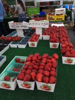 初夏のファーマーズマーケット_e0350971_13104130.jpg