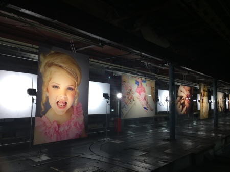 KYOTOGRAPHIE 2018 Lauren Greenfield@京都新聞印刷工場跡_f0036209_13542657.jpeg