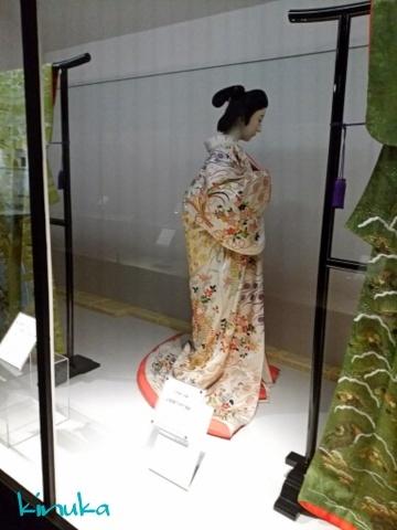 江戸の粋とデザイン ー小袖コレクションからー:シルク博物館_f0205317_05411901.jpg