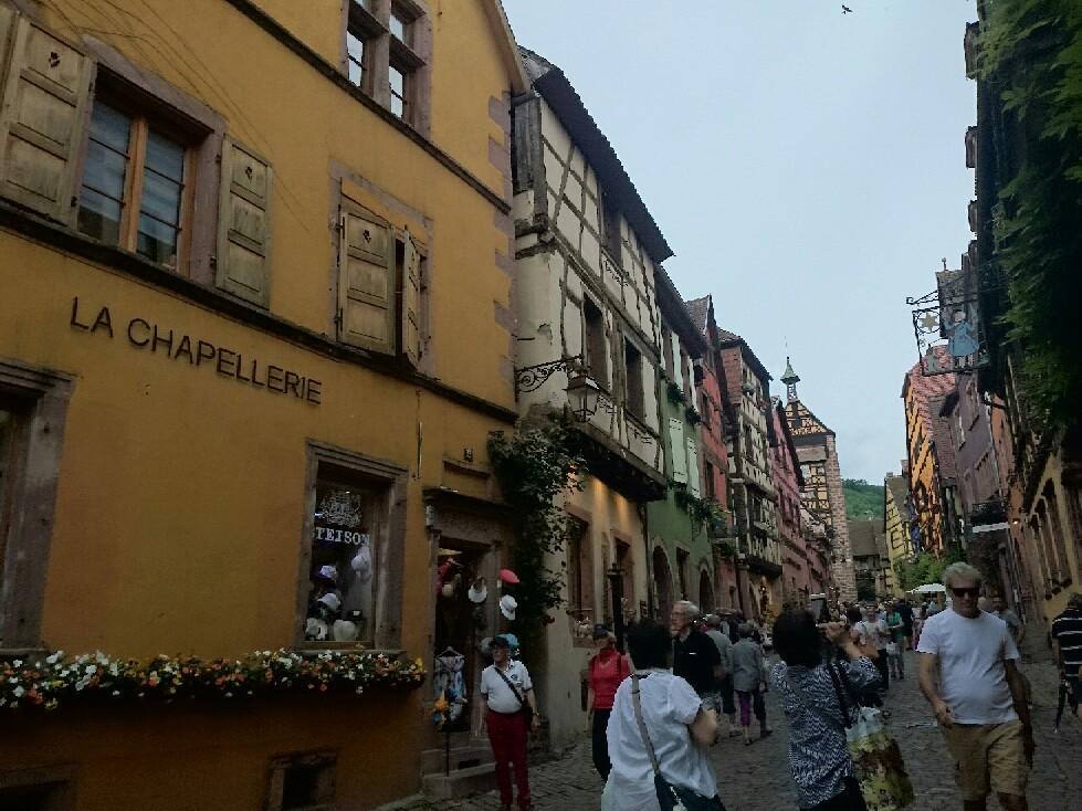 16世紀 木組みの街並み「リクビイル」_f0323446_05410594.jpg