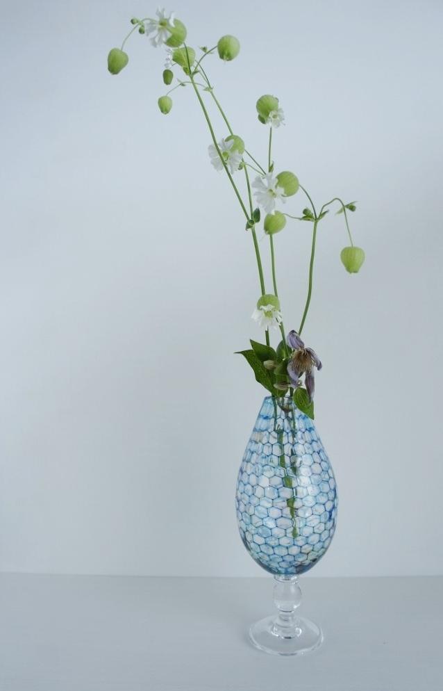 雫展出品作品 吉村桂子さんの雫型花器1_b0353974_22202846.jpg