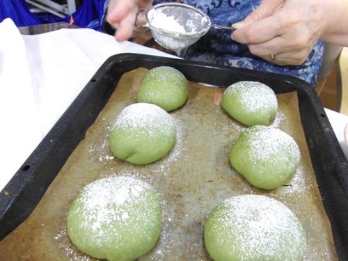 パンレク ~ 抹茶のクリームパン ~_e0222340_1542507.jpg