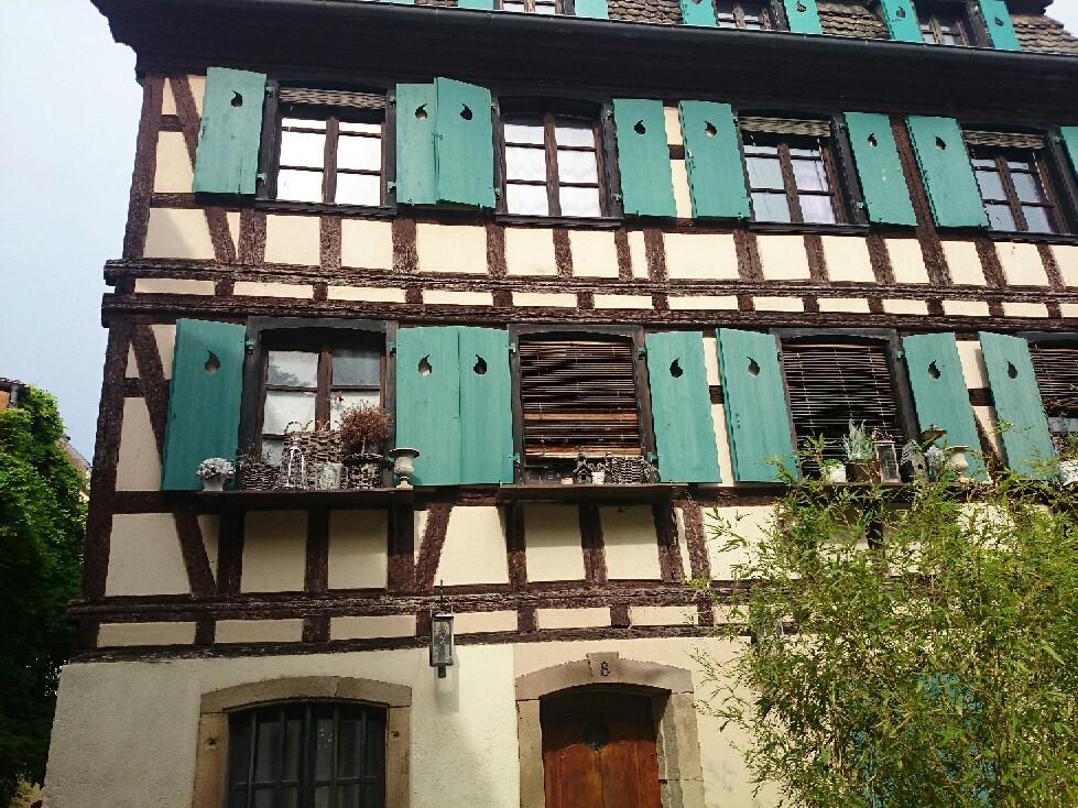 フランス ストラスブールは大都市_f0323446_07055551.jpg