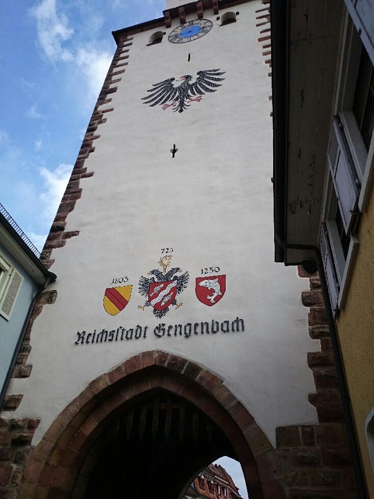 宝石のような街並みドイツ「ゲンゲンバッハ」_f0323446_15035949.jpg