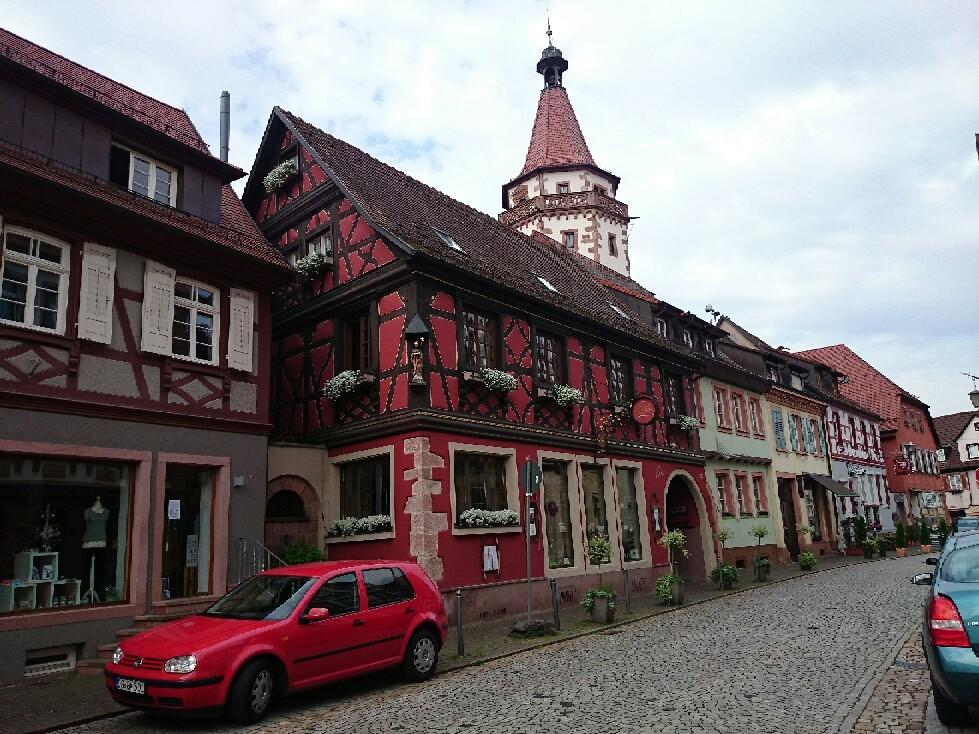 宝石のような街並みドイツ「ゲンゲンバッハ」_f0323446_15084867.jpg