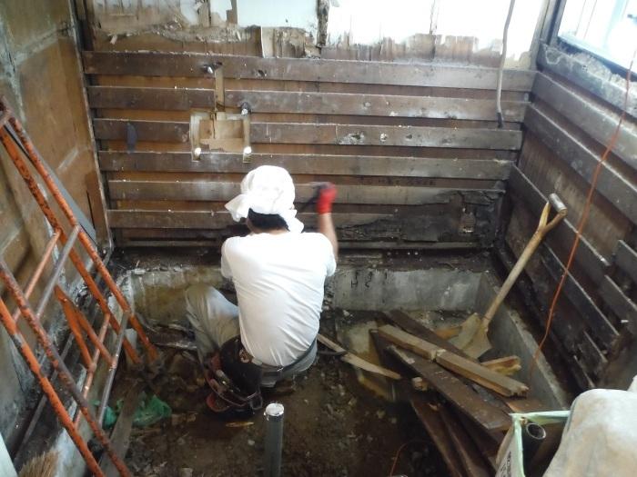 浴室リフォーム~木部補修_d0165368_01481018.jpg