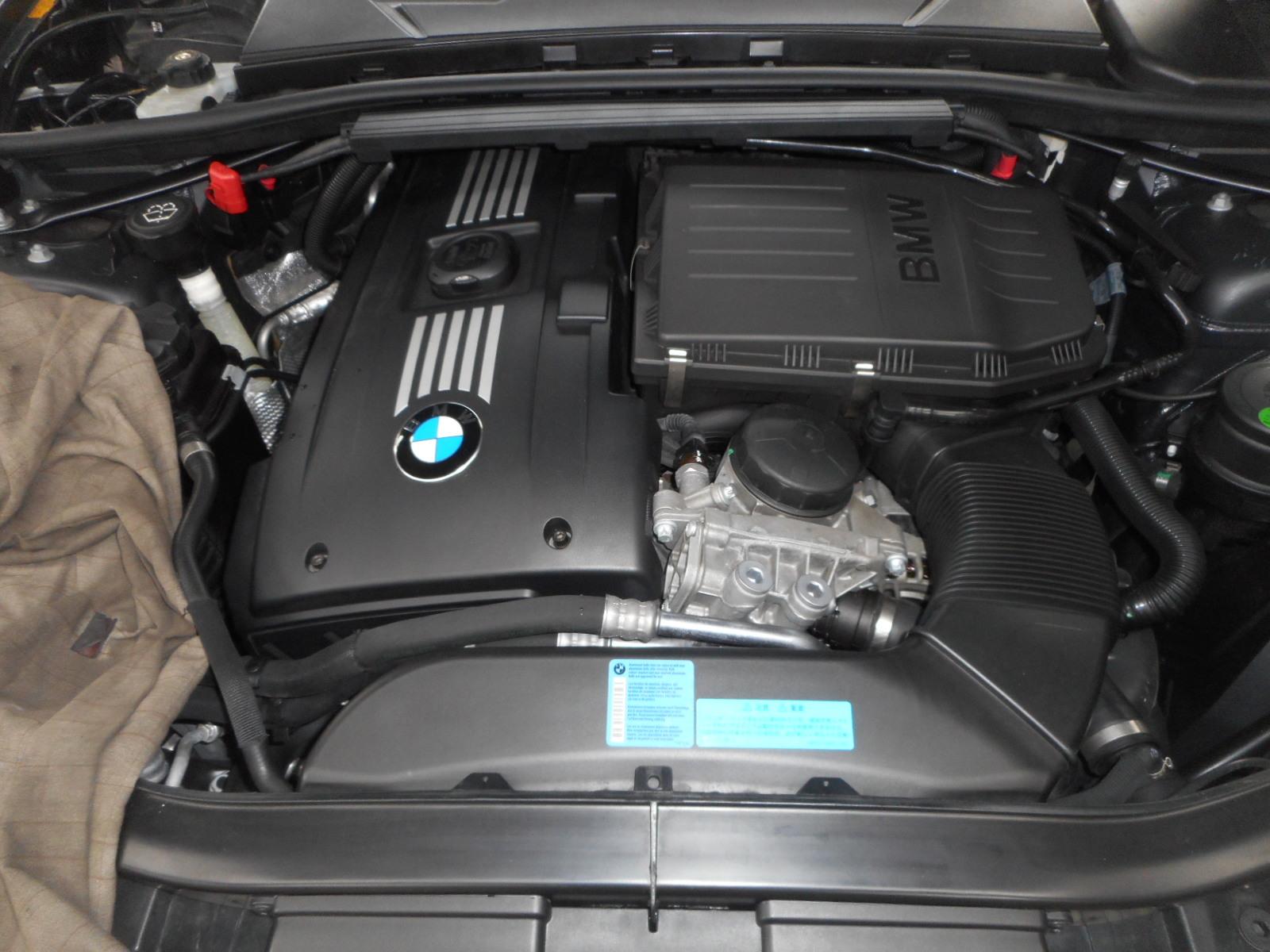 BMW335 クーペ (E90) エンジンオイル漏れ修理 納車整備_c0267693_17105943.jpg