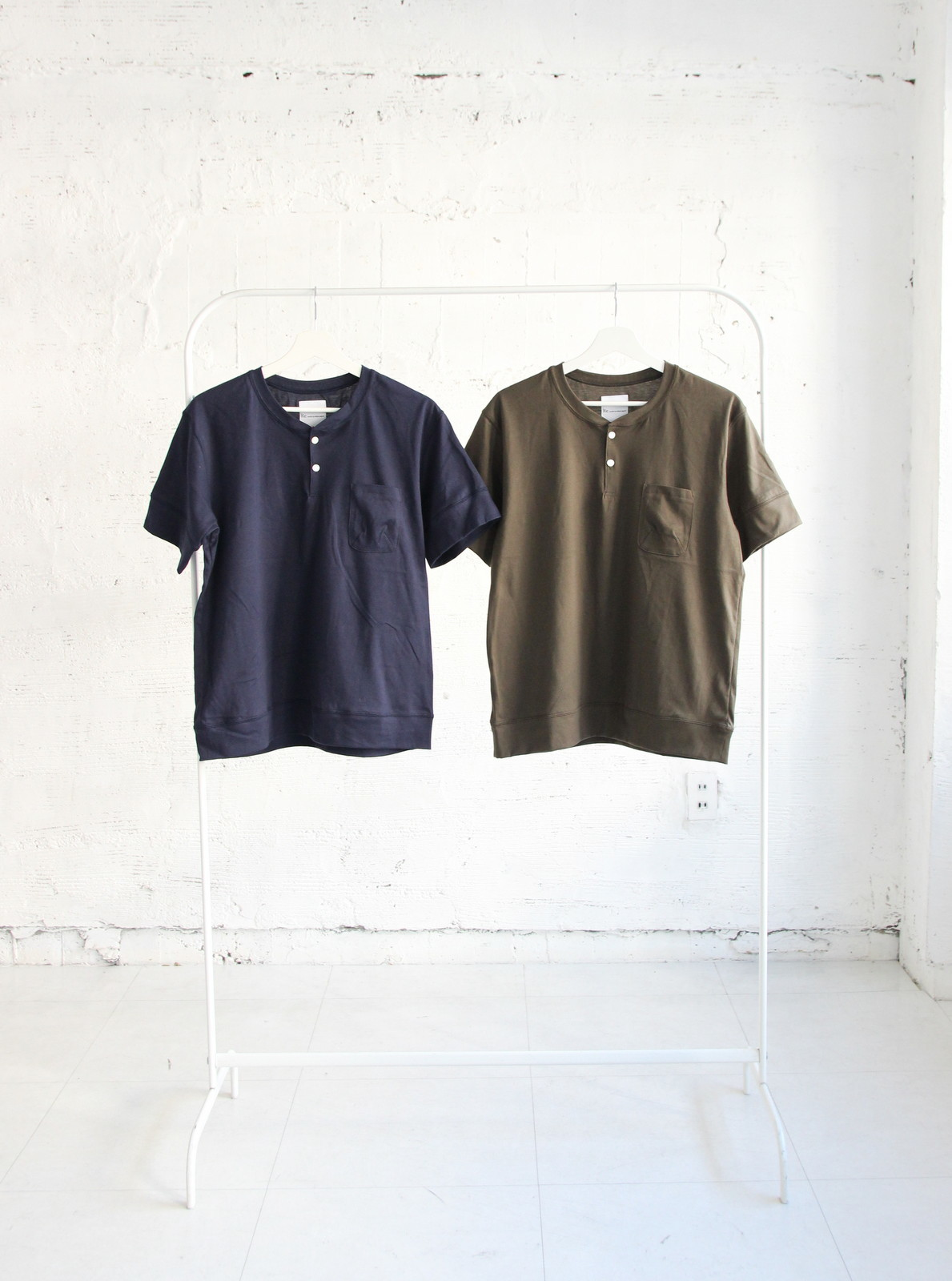 Henley Neck Pocket T-shirt_c0379477_20555037.jpg