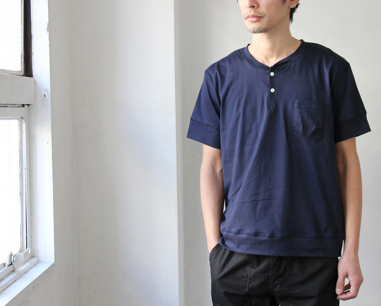 Henley Neck Pocket T-shirt_c0379477_20575678.jpg