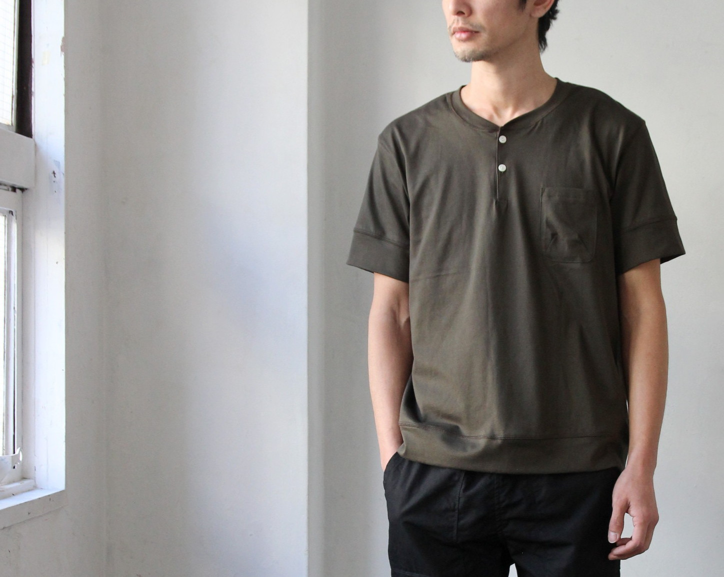 Henley Neck Pocket T-shirt_c0379477_20583847.jpg