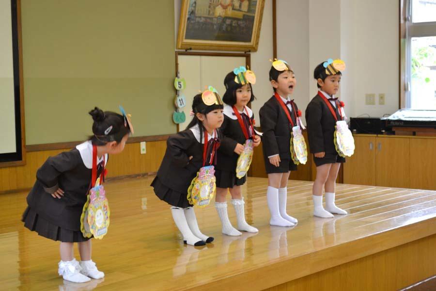 第二幼稚園 4月・5月生れお誕生会_d0353789_15520760.jpg