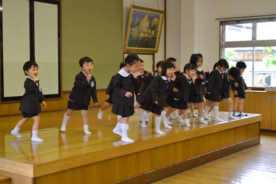 第二幼稚園 4月・5月生れお誕生会_d0353789_15521464.jpg