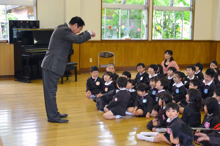 第二幼稚園 4月・5月生れお誕生会_d0353789_15522181.jpg