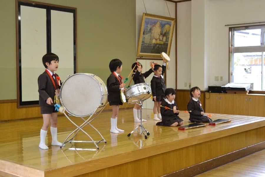第二幼稚園 4月・5月生れお誕生会_d0353789_15523257.jpg