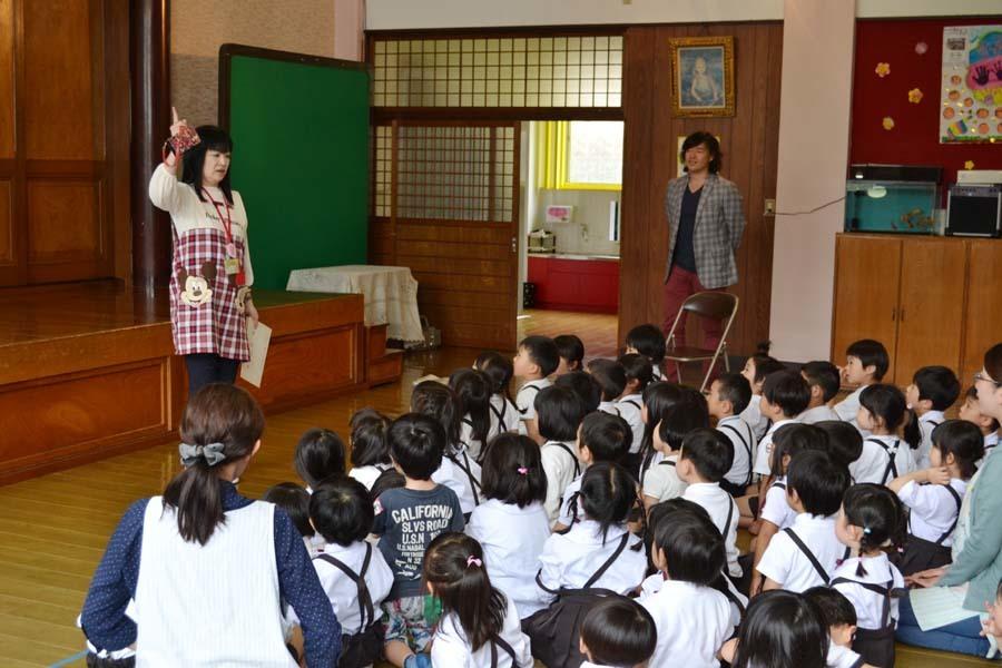 卒園児の 宮野恭輔さんが当園を訪れました。_d0353789_16011679.jpg