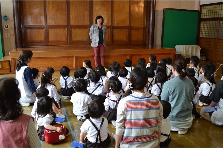 卒園児の 宮野恭輔さんが当園を訪れました。_d0353789_16012487.jpg