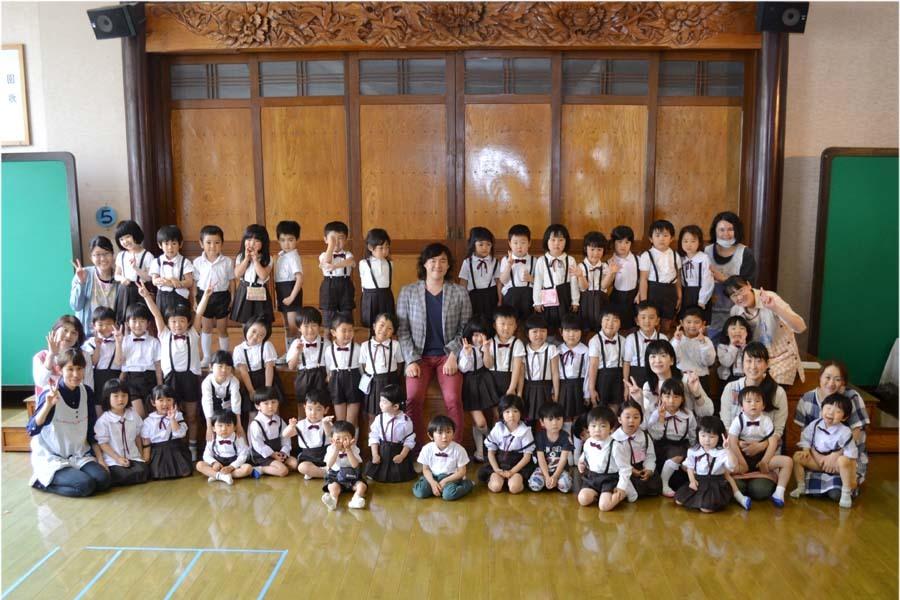卒園児の 宮野恭輔さんが当園を訪れました。_d0353789_16021359.jpg