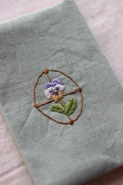 6月開催『uzum\'s embroidery world』作品のご紹介vol.2・・・♪_f0168730_18254424.jpg