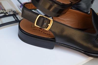 素敵な靴で 夏の思い出を    。_b0110586_09334285.jpg