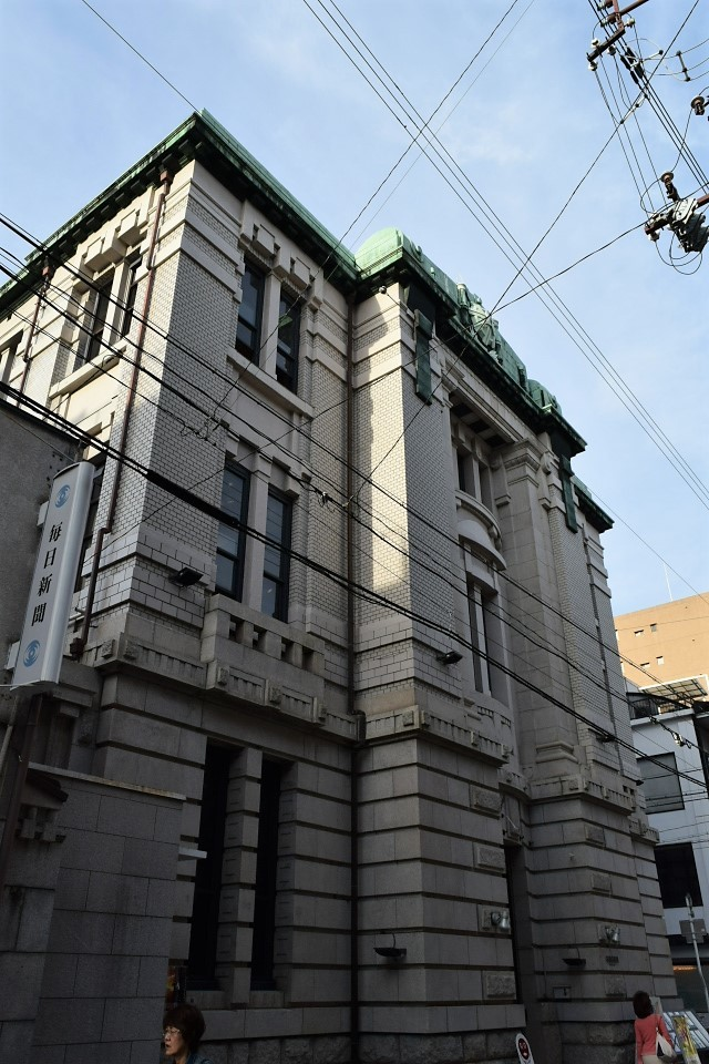 旧不動貯金銀行京都三条支店(大正モダン建築再訪)_f0142606_07245265.jpg