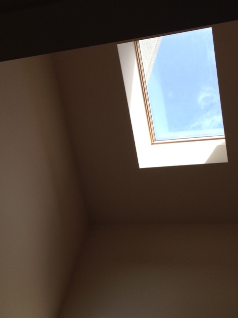 天窓は 北か西に  _c0204333_15391715.jpg