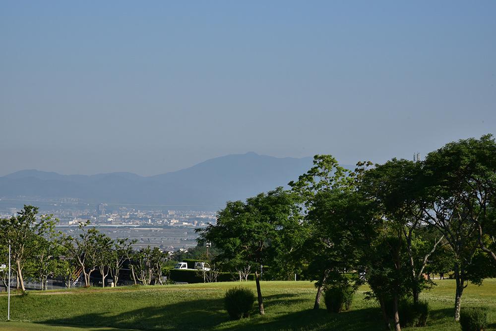 早朝散歩 太陽が丘_e0164563_12100138.jpg