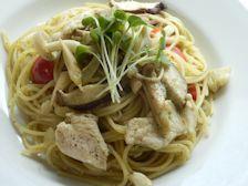 6/2本日パスタ:鶏とキノコのシソペースト・スパゲティ_a0116684_11445225.jpg